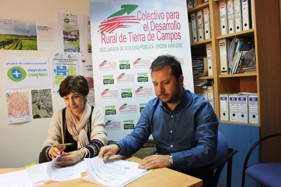El Colectivo Tierra de Campos y AEMPRYC firman un convenio de colaboración