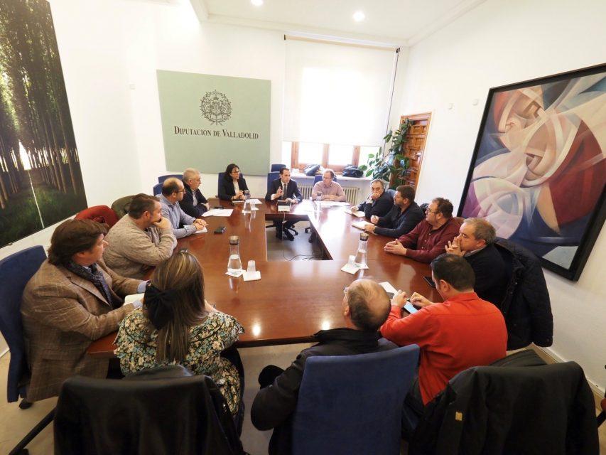 La Diputación se reúne con las mancomunidades que hacen la recogida de residuos orgánicos