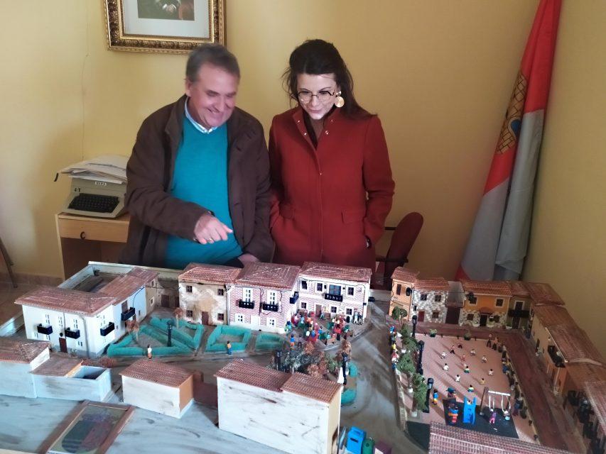 Gema Gómez visita Valverde de Campos para escuchar los problemas de sus vecinos y ayudar a ponerlos fin