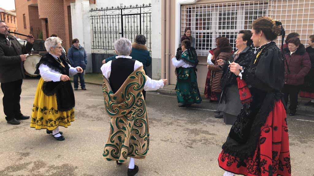 Las águedas de San Pedro de Latarce se adelantan en la celebración de su patrona