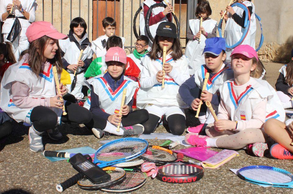 El C.R.A Villas del Sequillo monta sus propias olimpiadas carnavaleras