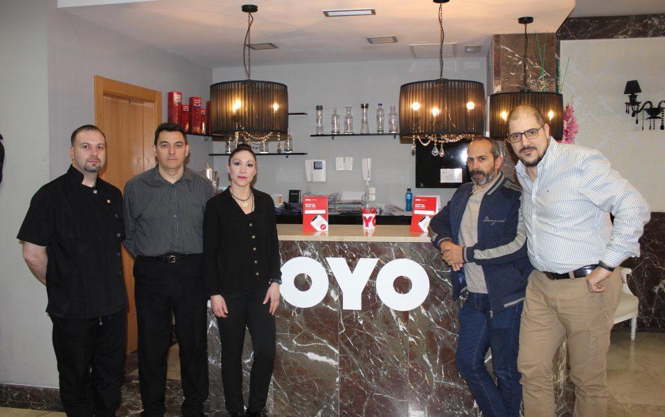 Vittoria Colonna firma un convenio con la cadena india OYO