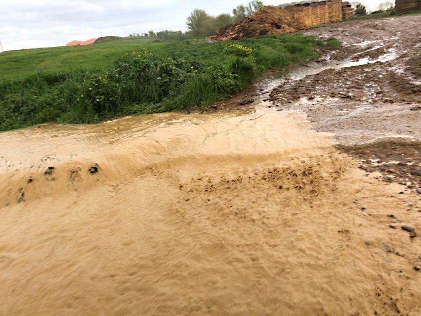 Una tormenta deja 30 litros de agua en 20 minutos en Aguilar de Campos
