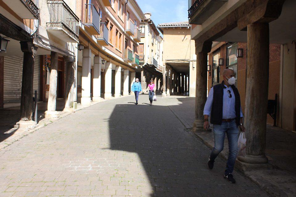 El Ayuntamiento de Rioseco lanza unas recomendaciones para mantener la distancia social en las aceras
