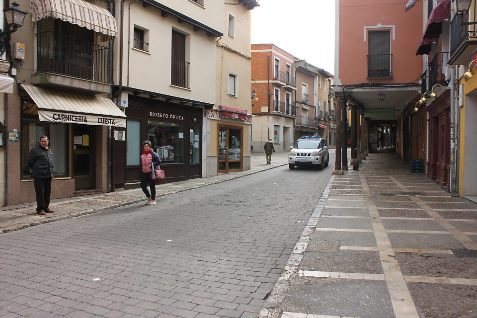 El comercio de Medina de Rioseco podrá abrir mañana lunes sin cita previa
