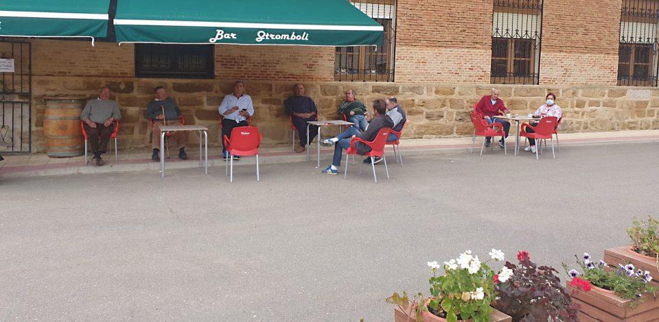"""Bar Stromboli (Villamayor): """"Merece la pena abrir porque es un servicio necesario para el pueblo"""""""