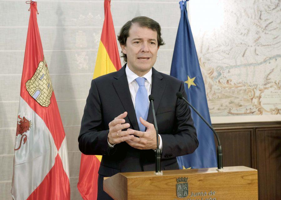 Mañueco anuncia un protocolo de seguridad y control en colaboración con el Gobierno de España y los Ayuntamientos para supervisar de forma estricta el cumplimiento de las cuarentenas
