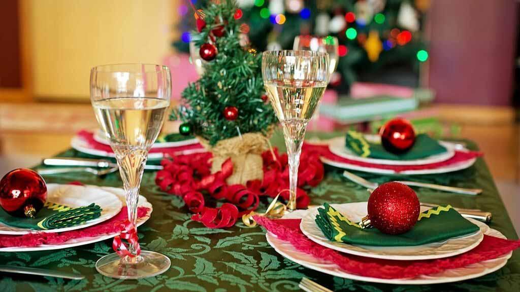 La Junta de Castilla y León permite la reunión de diez personas en Nochebuena, Navidad, Nochevieja y Año Nuevo