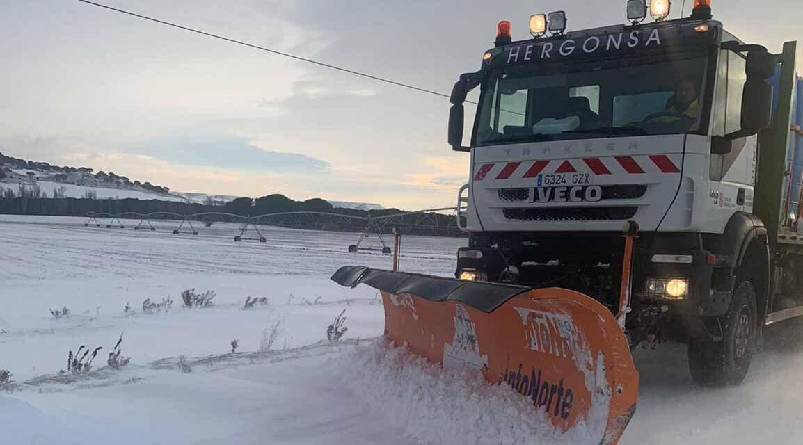 La Diputación de Valladolid ha extendido 380 toneladas de sal en las vías provinciales durante el fin de semana