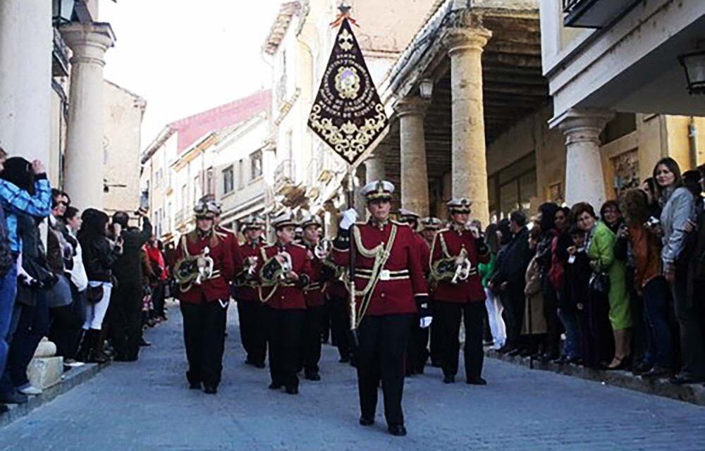 El Ayuntamiento riosecano cede locales de las 'Antiguas Escuelas' al Nazareno de Santiago y a la Banda del Cristo de la Clemencia