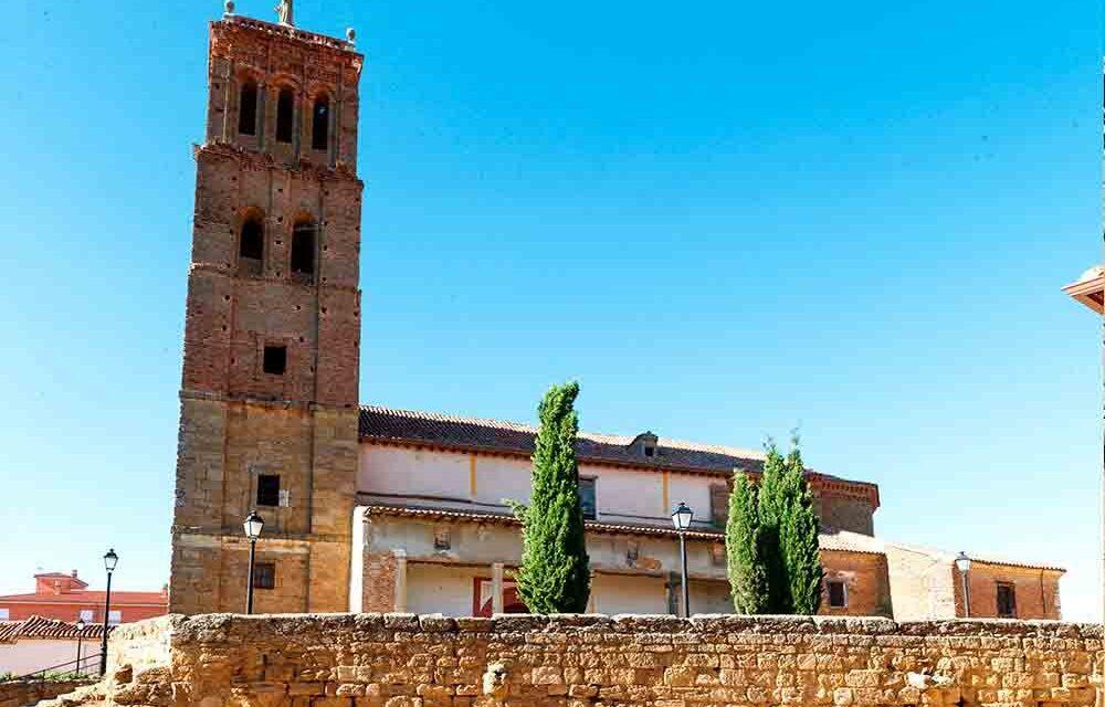Finalizan las tareas de restauración de la torre de la iglesia de Santo Tomás de Villanueva del Campo