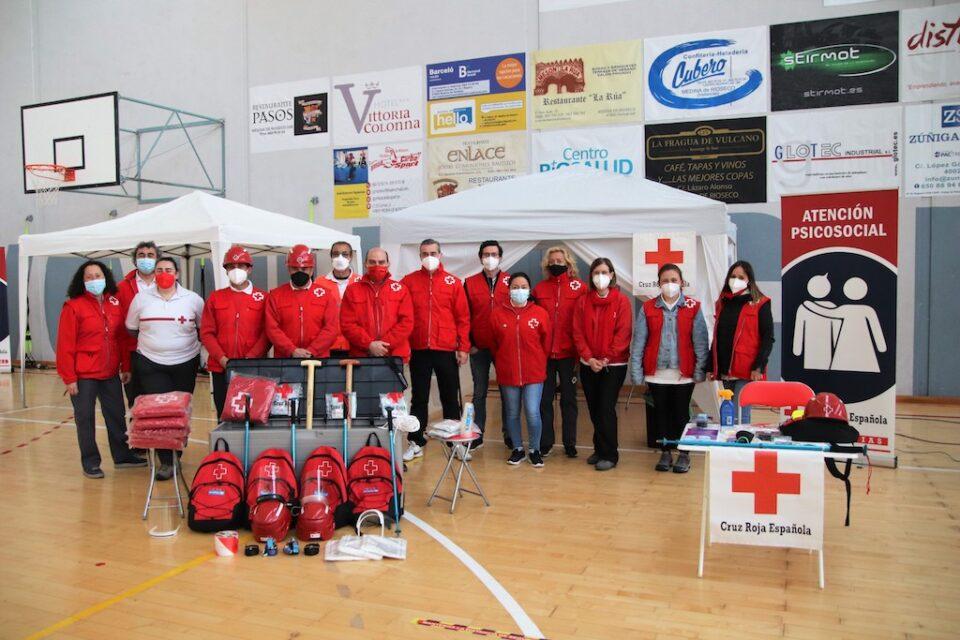 Personas voluntarias de Cruz Roja aprenden en Rioseco a manejar un albergue provisional para situaciones de emergencia o catástrofes