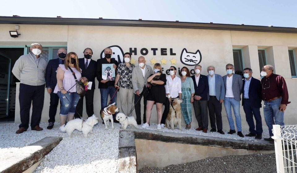 'Más que Mascotas' se presenta en Palazuelo de VEdija